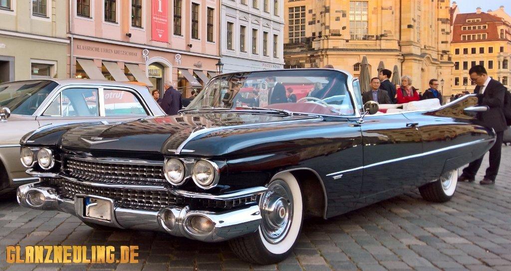 Buchen Sie eine Ausfahrt im Cadillac