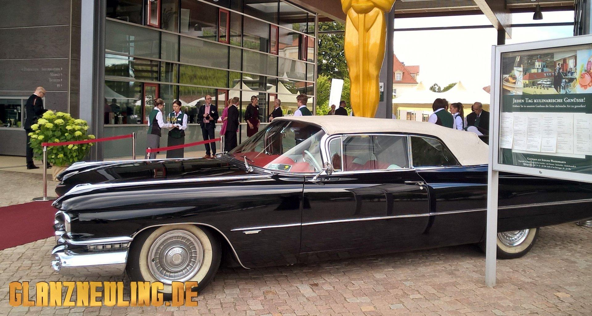 Schwarzes Oldtimer Cabriolet mieten
