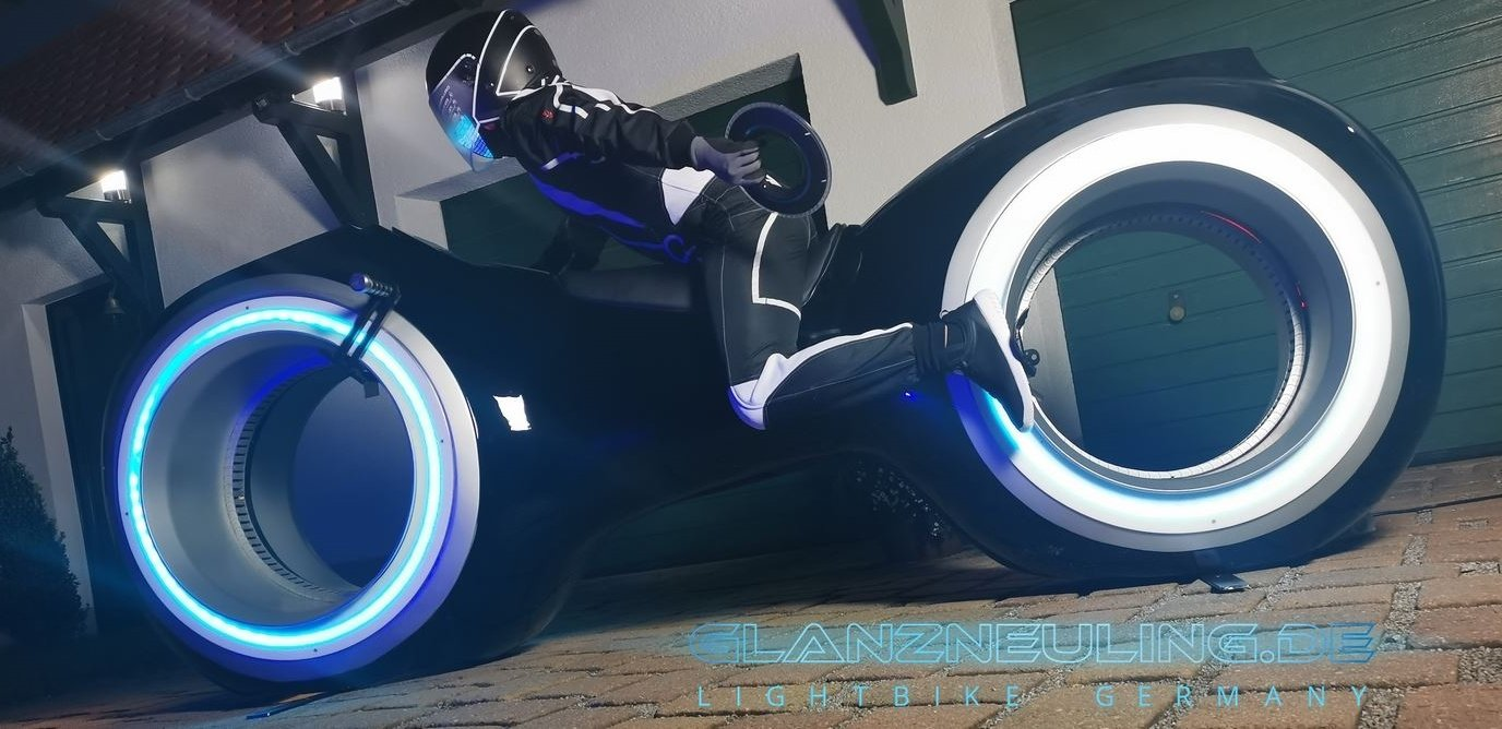 lightcycle like a videogame bike with futurebiker, rent in germany