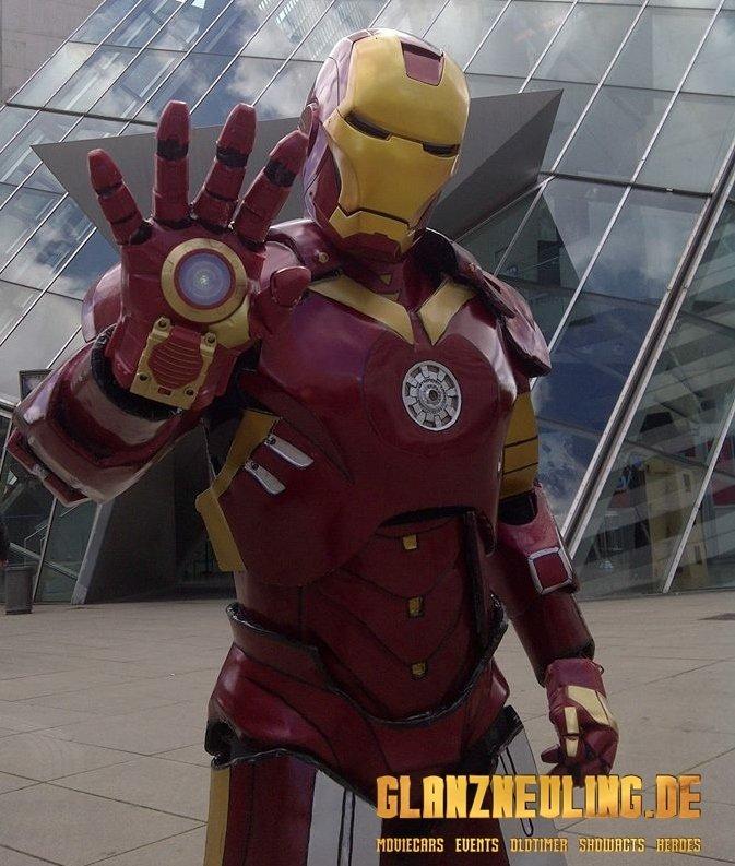 besuch von einem superheld / iron robot hero mieten