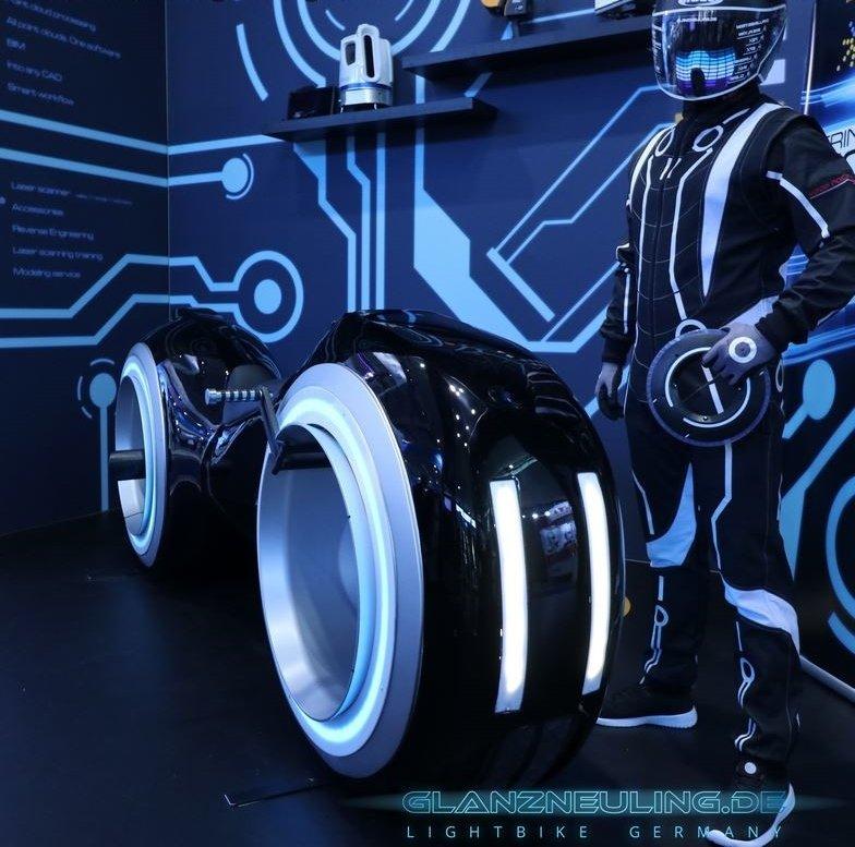 real lightbike mit futurbiker mieten,  showbike