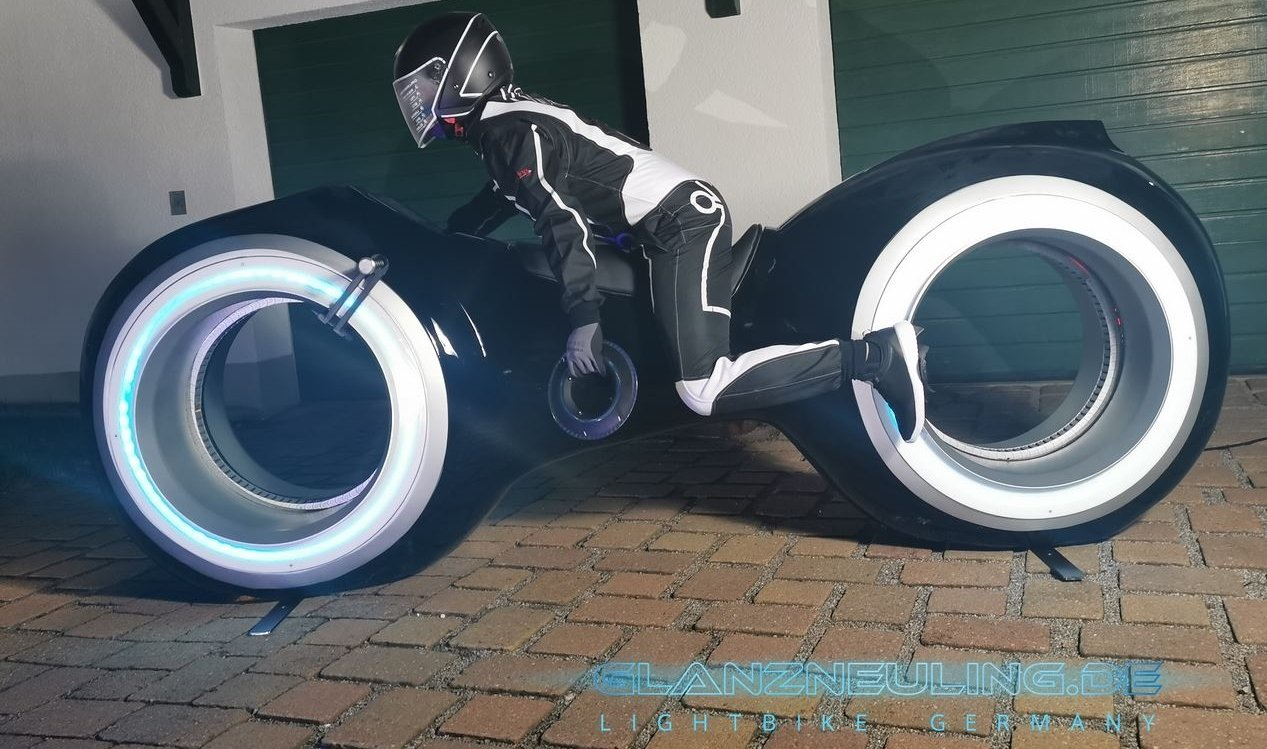 lightcycle with futurebiker like Vitrual reality