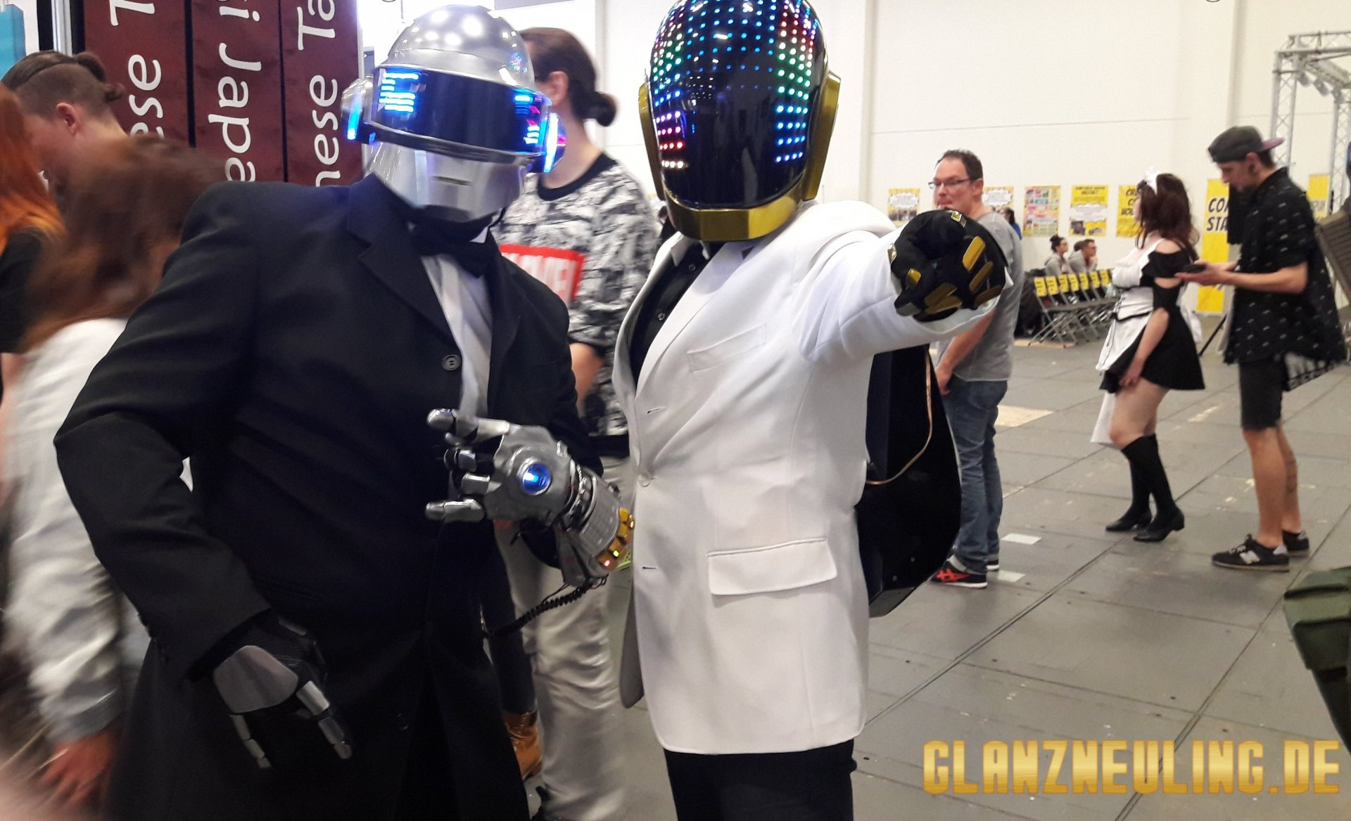 Helme wie Daft Punk