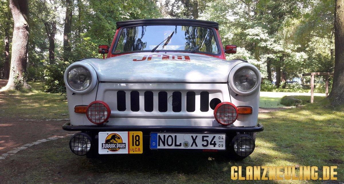 Der Jurassic Wagen ist ein Jeep?