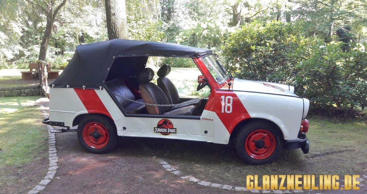 Jurassic Car im Park
