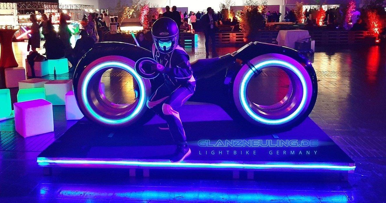 Videobike Lightcycle mieten für PArty als Eyecatcher