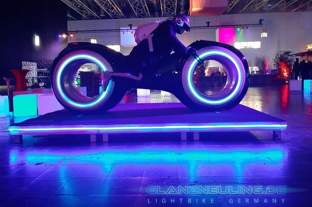 Lightcycle mieten Event MEsse Tagung Party