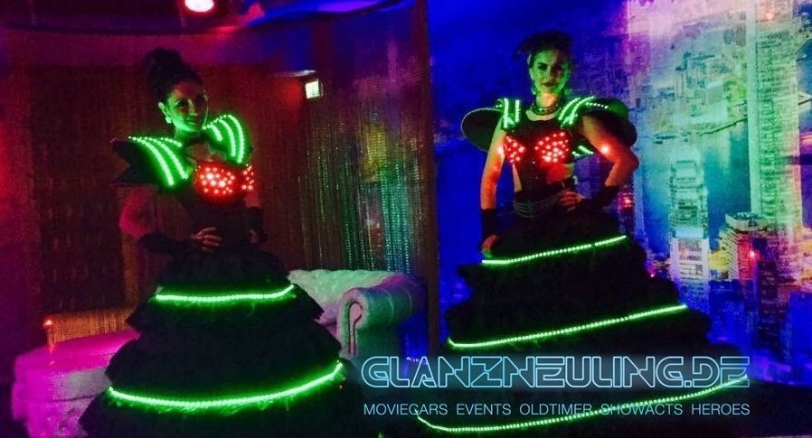NEON Girls LED mieten Silvester Event Tagung Show