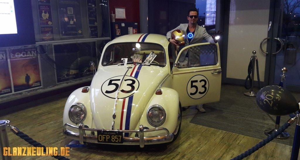 VW Käfer mit Superheld
